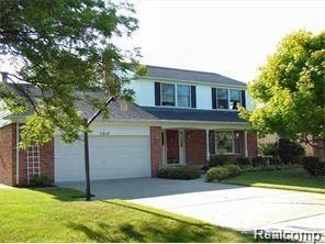 3919 Orchard View Avenue, Rochester Hills, MI 48307 (#219005799) :: Team DeYonker