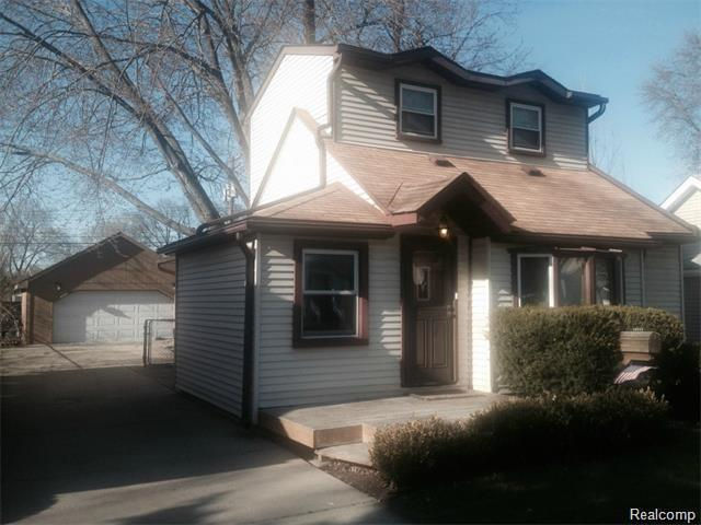 16244 Kirkshire Avenue, Beverly Hills Vlg, MI 48025 (#219010357) :: Keller Williams West Bloomfield