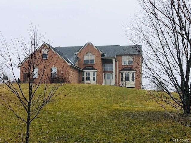 4552 Kalmbach Road, Sylvan Twp, MI 48118 (#219011498) :: The Buckley Jolley Real Estate Team