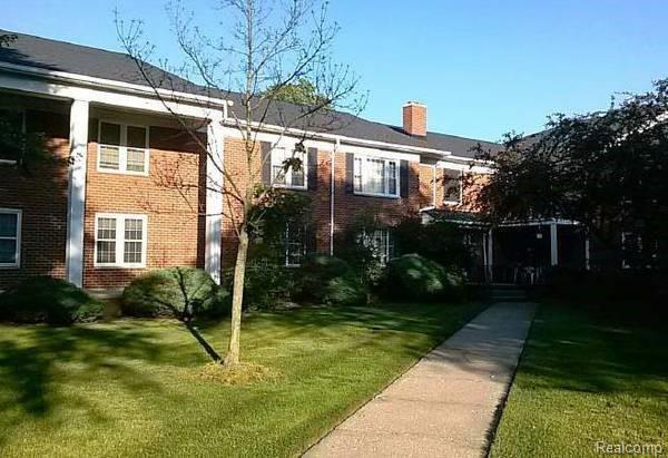 27689 W Echo Valley #204, Farmington Hills, MI 48334 (#219013536) :: RE/MAX Classic