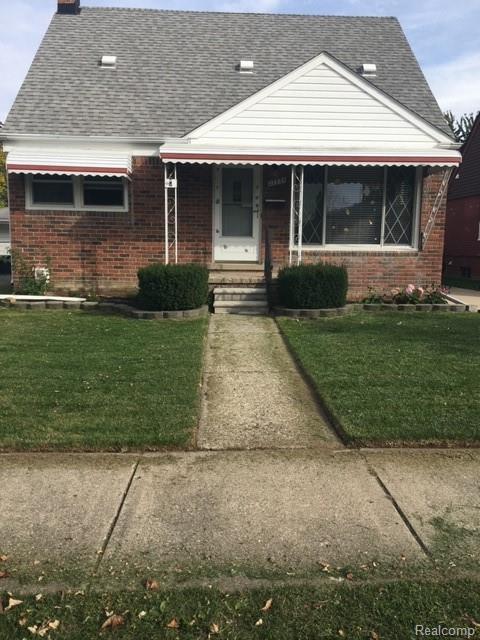 27934 Grant Street, Saint Clair Shores, MI 48081 (#219013552) :: NERG Real Estate Experts