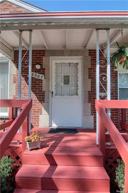 8507 Riverdale Street, Dearborn Heights, MI 48127 (#219014068) :: RE/MAX Classic