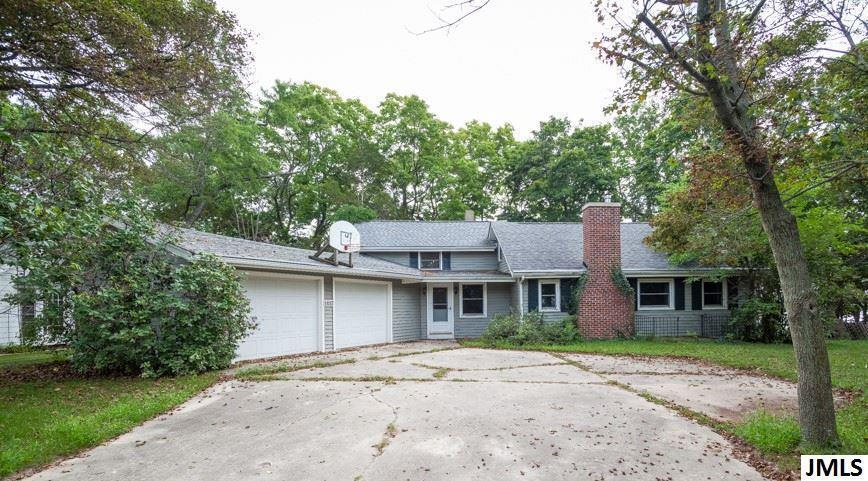 1817 Wamplers Heights Dr - Photo 1