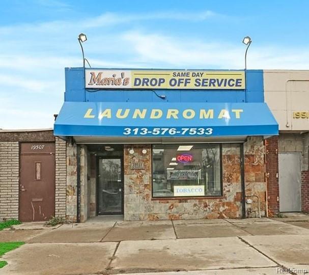 19511 W Warren Avenue, Detroit, MI 48228 (MLS #219018237) :: The Toth Team