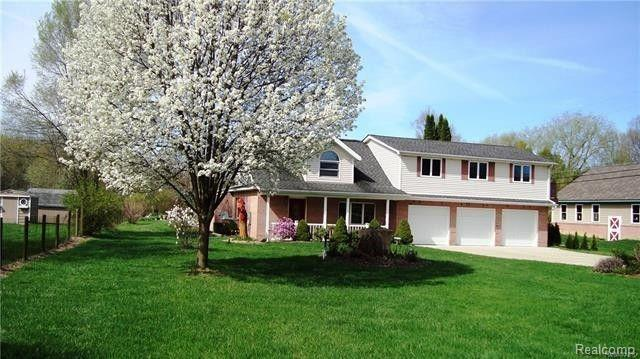 64505 Wolcott Road, Ray Twp, MI 48096 (#219020345) :: The Buckley Jolley Real Estate Team