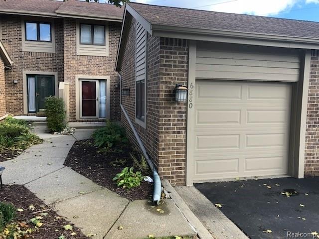 6880 Northcrest Way E, Independence Twp, MI 48346 (#219021048) :: RE/MAX Classic
