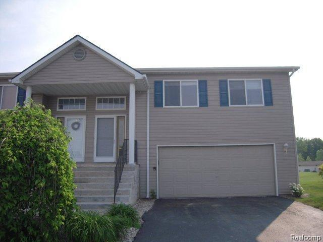 1116 Lakeview Circle, Mundy Twp, MI 48439 (#219021755) :: RE/MAX Nexus