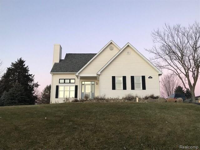 7661 Thunder Bay Drive, Hamburg Twp, MI 48169 (#219021839) :: The Buckley Jolley Real Estate Team