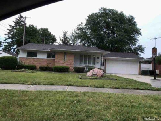 8881 Ardel Dr, Sterling Heights, MI 48314 (#219023740) :: The Buckley Jolley Real Estate Team