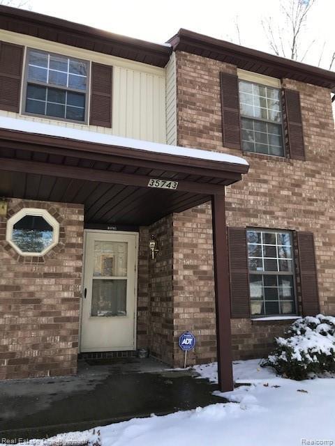 35743 Hunter Avenue, Westland, MI 48185 (#219023777) :: The Buckley Jolley Real Estate Team