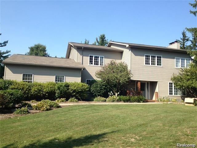 34344 W 14 MILE Road, West Bloomfield Twp, MI 48322 (#219024762) :: RE/MAX Classic