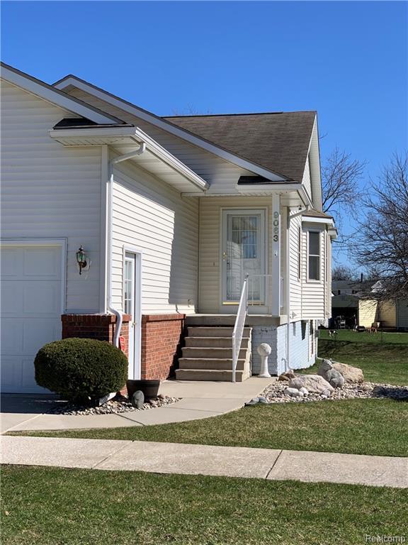 9063 Luea Lane, Swartz Creek, MI 48473 (#219031136) :: The Buckley Jolley Real Estate Team