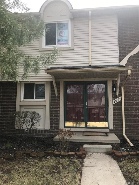 1974 E Franklin Drive, Canton Twp, MI 48187 (#219032875) :: The Buckley Jolley Real Estate Team