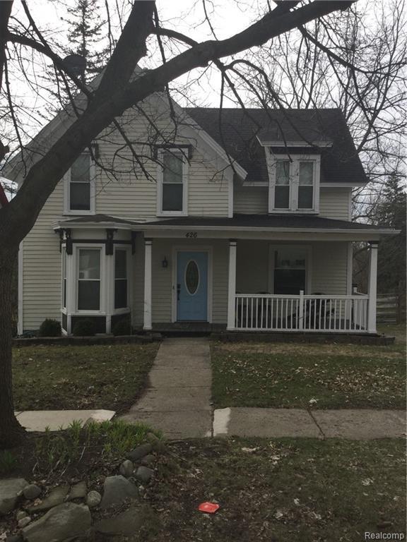 426 E Saint Clair Street, Almont Vlg, MI 48003 (#219033475) :: GK Real Estate Team