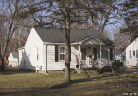 809 Irvington Avenue, Lansing, MI 48910 (#219033810) :: The Alex Nugent Team | Real Estate One
