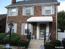 11887 E Outer Drive, Detroit, MI 48224 (MLS #219035733) :: The Toth Team