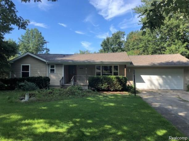 4204 Moulton Drive, Flint Twp, MI 48507 (MLS #219037736) :: The Toth Team