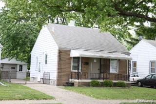 19348 Washtenaw Street, Harper Woods, MI 48225 (#219039955) :: The Buckley Jolley Real Estate Team