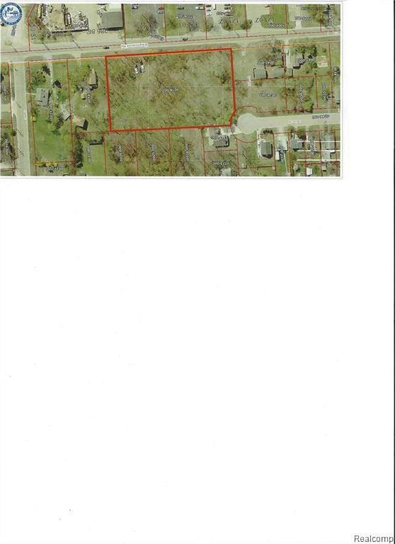 2900 Vacant Lot Ravenswood Road, Port Huron, MI 48060 (#219040750) :: The Buckley Jolley Real Estate Team