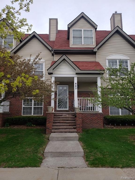 882 Lothrop Rd, Detroit, MI 48202 (MLS #219040892) :: The Toth Team