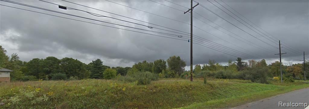 1237 Ortonville Road - Photo 1