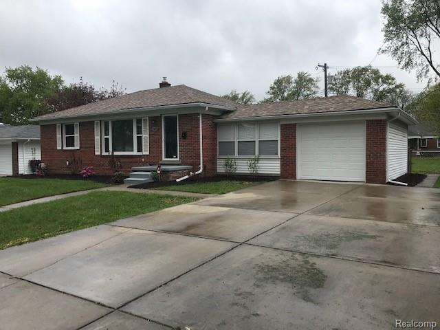 13672 Victoria Street, Oak Park, MI 48237 (#219044540) :: RE/MAX Nexus