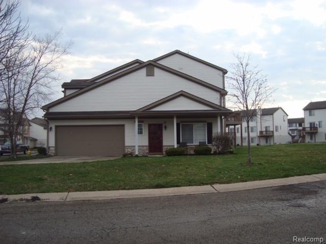 262 Oak Ridge Drive, Pontiac, MI 48341 (MLS #219044629) :: The Toth Team