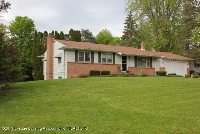 12700 Chippewa Drive, Oneida Twp, MI 48837 (MLS #630000236633) :: The Toth Team