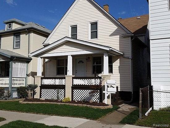 2411 8TH Street, Wyandotte, MI 48192 (#219046654) :: The Buckley Jolley Real Estate Team