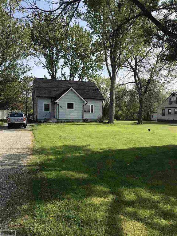 8646 Morriss Rd., Wales Twp, MI 48027 (MLS #58031380491) :: The Toth Team