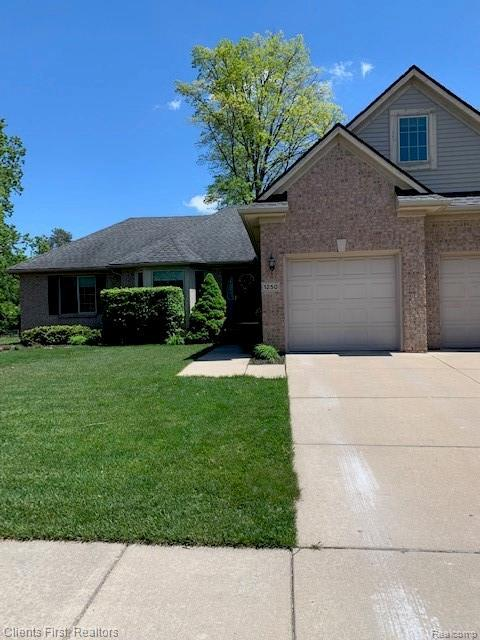 1250 N Lilley Road, Canton Twp, MI 48187 (#219047585) :: The Buckley Jolley Real Estate Team