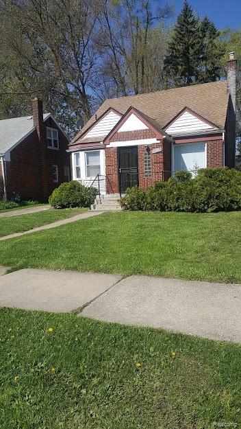 18293 Lesure Street, Detroit, MI 48235 (#219048330) :: Team DeYonker
