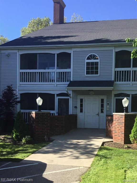 1221 Curzon Court #201, Howell, MI 48843 (#219049034) :: The Buckley Jolley Real Estate Team