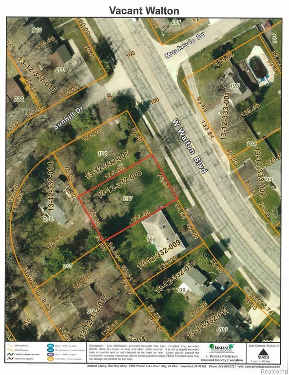 000 Walton, Waterford Twp, MI 48329 (#219049193) :: The Buckley Jolley Real Estate Team
