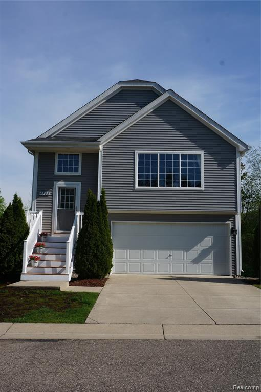4508 Sunflower Circle, Independence Twp, MI 48346 (MLS #219049329) :: The Toth Team