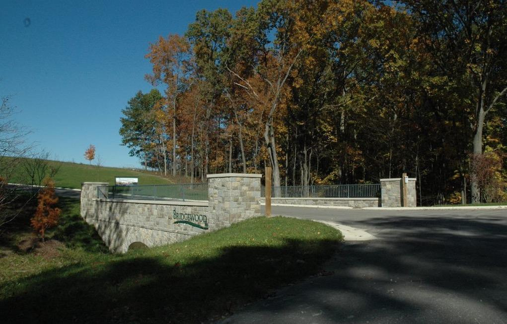 6886 Bridgewood Hills Drive - Photo 1
