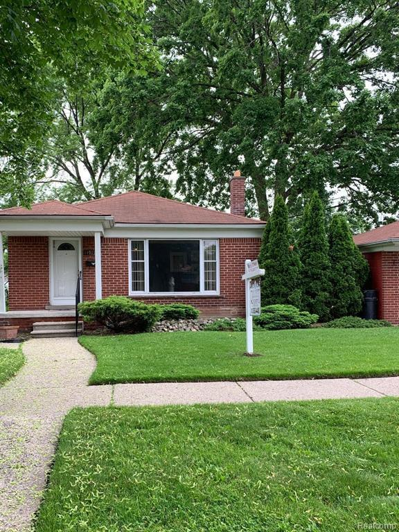14917 Englewood Avenue, Allen Park, MI 48101 (#219054072) :: Alan Brown Group
