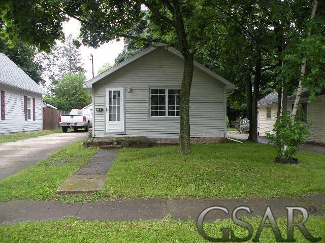 755 Woodlawn, Owosso, MI 48867 (#60031383526) :: The Alex Nugent Team | Real Estate One