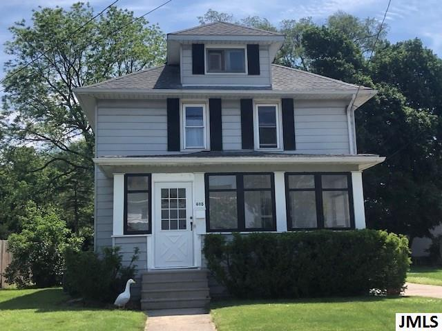 605 N Pleasant St, CITY OF JACKSON, MI 49202 (#55201902057) :: Team Sanford