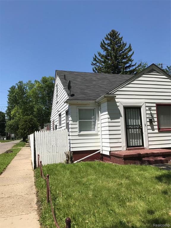 13503 Rosemont Avenue, Detroit, MI 48223 (#219057836) :: GK Real Estate Team