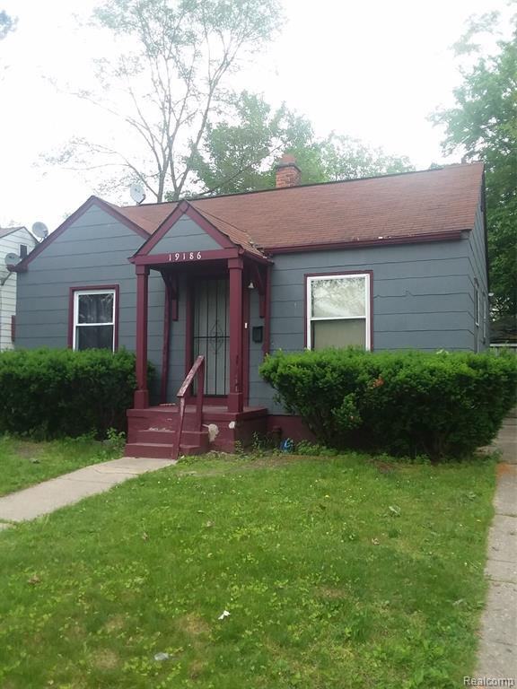 19186 E Glastonbury Road, Detroit, MI 48219 (#219057896) :: GK Real Estate Team