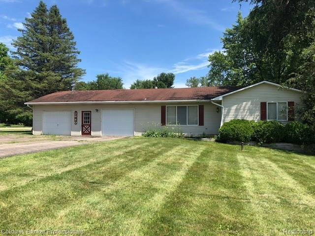 2640 N Lapeer Road, Mayfield Twp, MI 48446 (#219058075) :: The Alex Nugent Team | Real Estate One