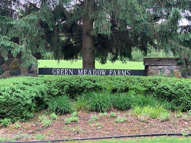 0 Farm Brok Trail, Addison Twp, MI 48370 (#58031384052) :: RE/MAX Nexus