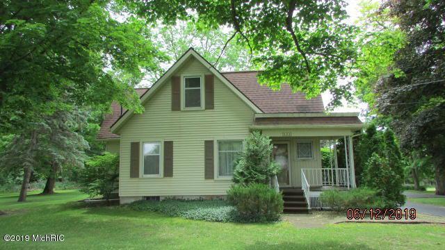235 E Main St, NORTH ADAMS VLLG, MI 49262 (#53019027838) :: The Alex Nugent Team | Real Estate One