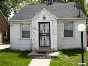 2571 W 8 MILE Road, Detroit, MI 48203 (MLS #219059334) :: The Toth Team