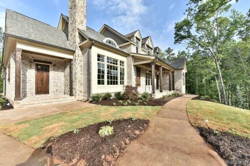 4104 Carriage Hill Drive - Photo 1