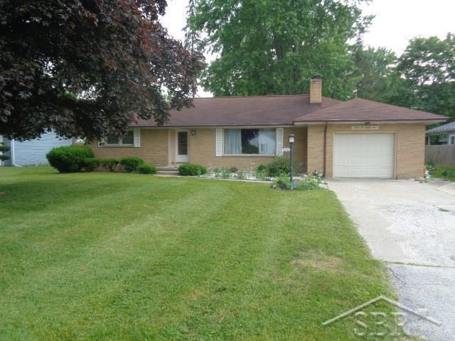 4685 Wall, Saginaw Twp, MI 48638 (MLS #61031384364) :: The Toth Team
