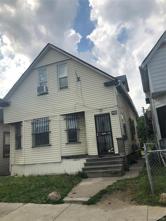 2215 Denton Street, Hamtramck, MI 48212 (#219061090) :: RE/MAX Nexus