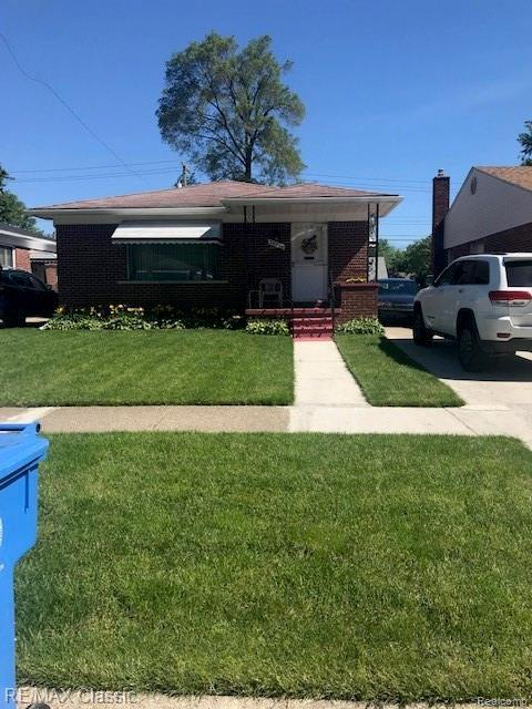 24346 Currier Street, Dearborn Heights, MI 48125 (#219061365) :: Team Sanford