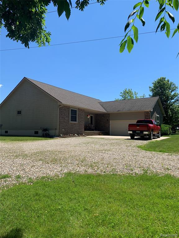 6022 Ewalt Road, Goodland Twp, MI 48444 (#219062558) :: Alan Brown Group